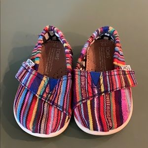 Baby toms slip on with Velcro